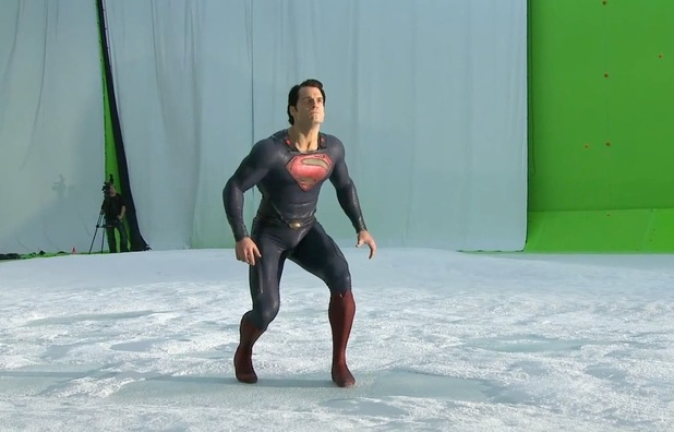 movies-man-of-steel-henry-cavill-flying-1.jpg