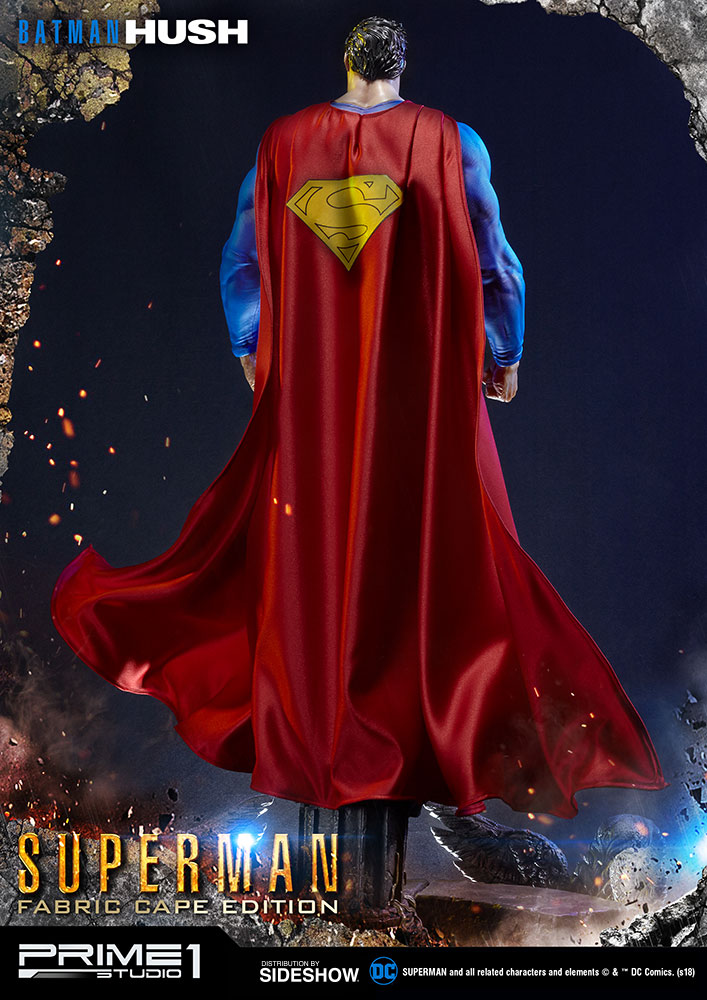 batman_hush_superman_statue_fabric_cape_edition_4.jpg