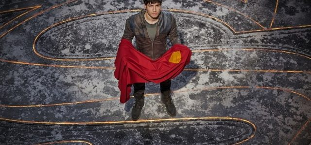 krypton-tv-seg-el-cameron-cuffe-superman-cape-640x300.jpg