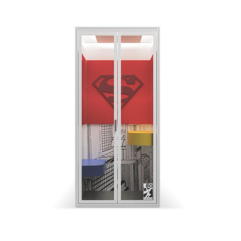 Cubicall_product_Superman_front-768x768.jpg