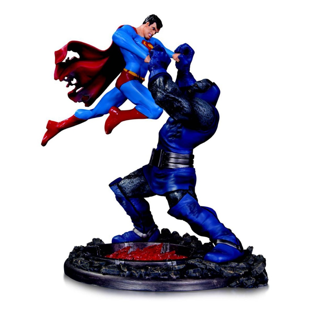 Superman-Darkseid-Statue.jpg