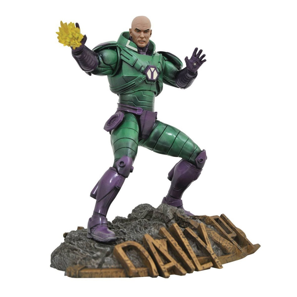 DiamodSelect-LexLuthor-Statue.jpg